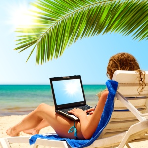 Going on vacation? 5 ways to keep office emergencies under control